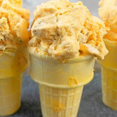 Close up image of homemade pumpkin ice cream in ice cream cones